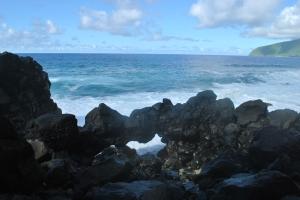 Rock bridge for the crabbies